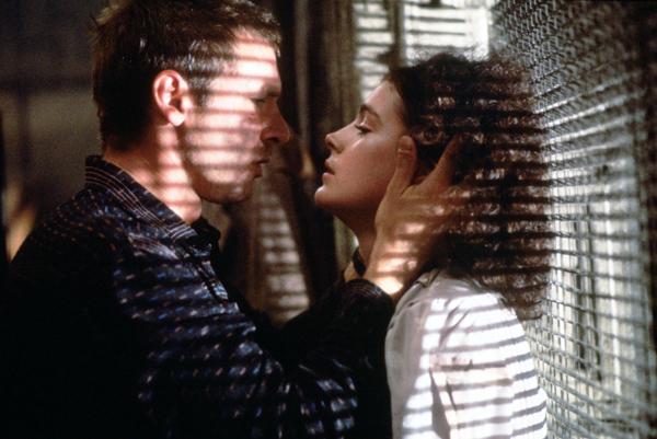 Amazon.com: Blade Runner (Five-Disc Complete Collector's
