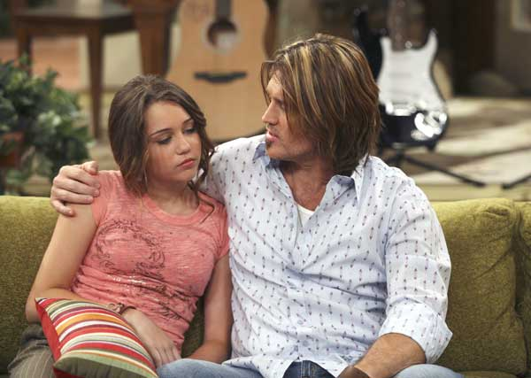 Amazon.com: Hannah Montana: The Movie: Miley Cyrus, Billy