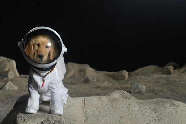 astronaut farting in space suit movie - photo #36
