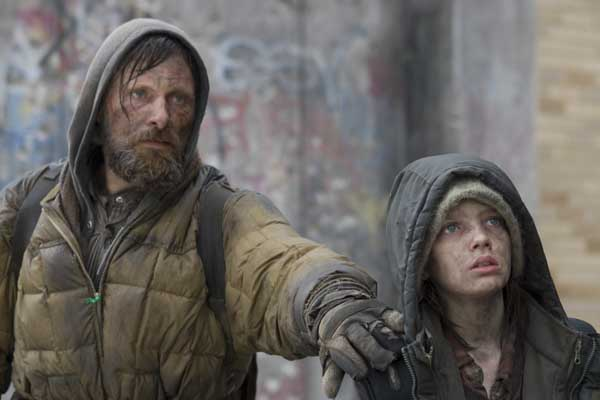 Amazon.com: The Road: Viggo Mortensen, Kodi Smit-McPhee, Charlize