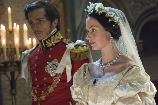 Amazon Com The Young Victoria Emily Blunt Rupert Friend Movies Amp Tv