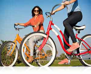 Nikon 1 S1 photo of two women on bikes