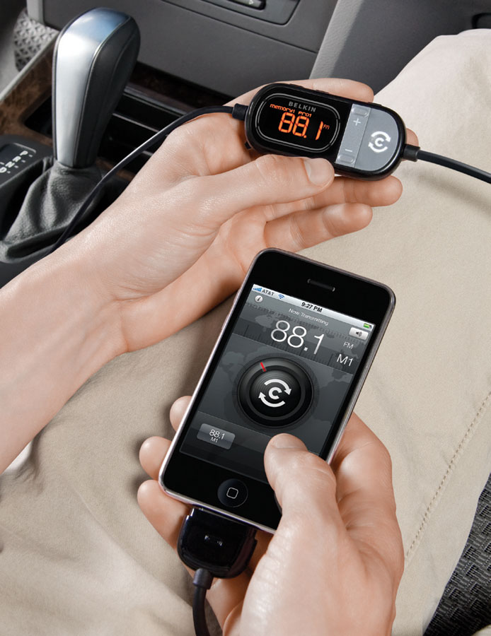 BELKIN ClearScan FM Transmitter+Charger for iPhone 3G S