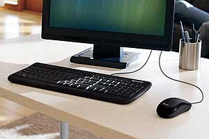 microsoft wired desktop 600 black electronics. Black Bedroom Furniture Sets. Home Design Ideas