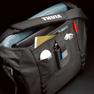 Amazon.com: Thule Crossover TCMB-115 15.4-Inch Macbook/Pro/Air or ...
