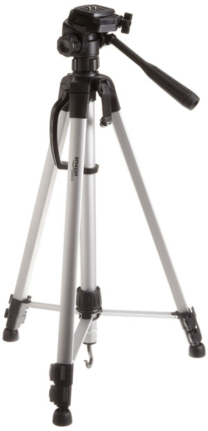 Tripod sets up quickly