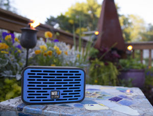 MB Quart QUBTwo in Blue on the patio