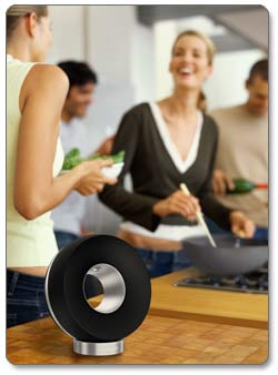 Philips Fidelio SoundRing AirPlay Speaker DS3881W/37 Product Shot