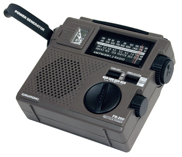 amazon com grundig fr200 emergency radio discontinued by rh amazon com Grundig FR200 Review Grundig Hand Crank Emergency Radio