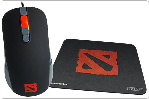 amazon com steelseries kana gaming mouse and qck mini mouse pad