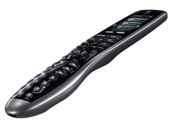 Amazon Com Logitech Harmony 900 Rechargeable Remote With