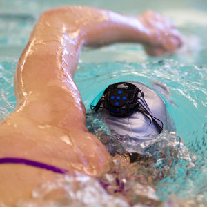 Swim with music and the Interval 4G