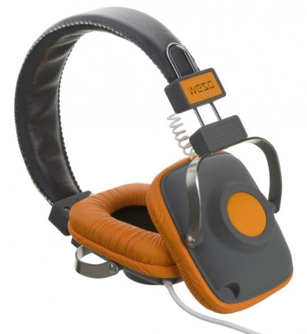 amazon com wesc b105355 banjo headphone white home audio theater rh amazon com Headset Mic Wiring Diagram Mono vs Stereo Headphone Wiring-Diagram