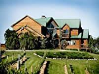One or Two Nights at Vineyard Inn for Two with Breakfast and Winery Tour