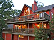 Scenic Lake Arrowhead Cabin Retreat for up to Ten Guests