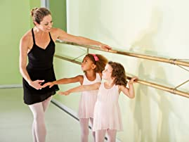 Eight 60-Minute Group Dance Classes of Your Choice