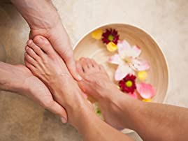 One Deluxe Pedicure