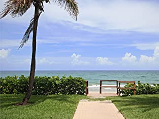 South Florida Oceanside Resort for One-, Two-, or Three-Nights with Daily Breakfast