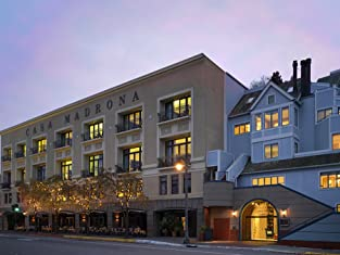 One- or Two-Night Stay in Breathtaking Sausalito Water-View Hotel & Spa with Wine & Spa Credit