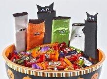 Mummy and Bat HERSHEY'S Milk Chocolate Bar Wrappers Craft.