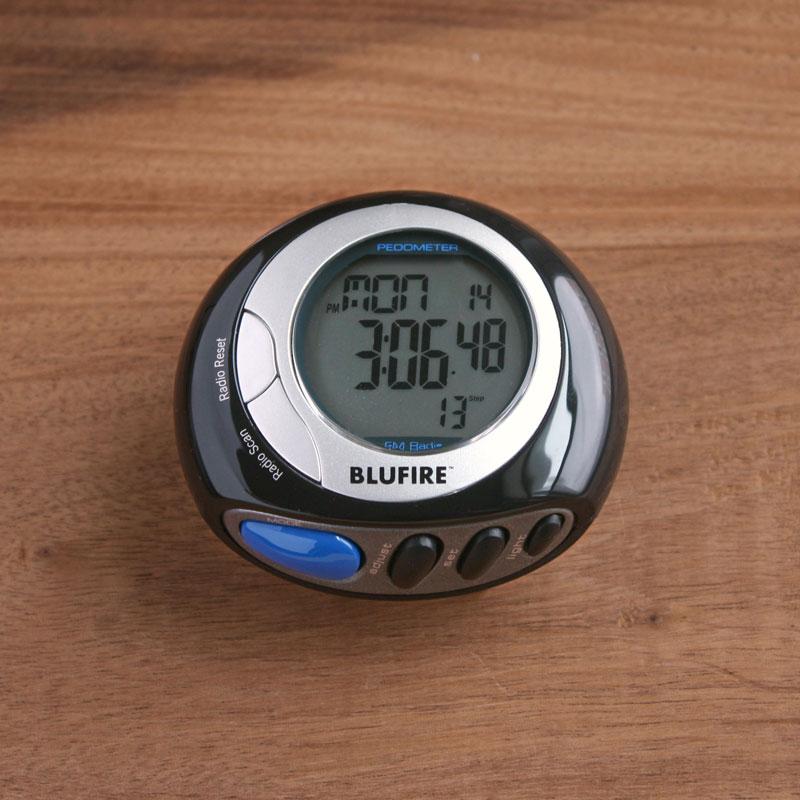 Amazon.com: BluFire PD20 Digital Pedometer with FM Radio ...