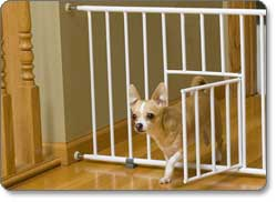 Merveilleux Carlson Mini Pet Gate Product Shot