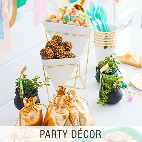 Amazon st patricks day event party supplies party dcor junglespirit Gallery