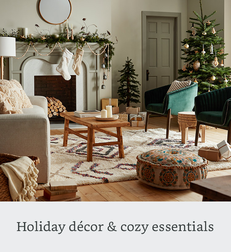 Holiday décor & cozy essentials