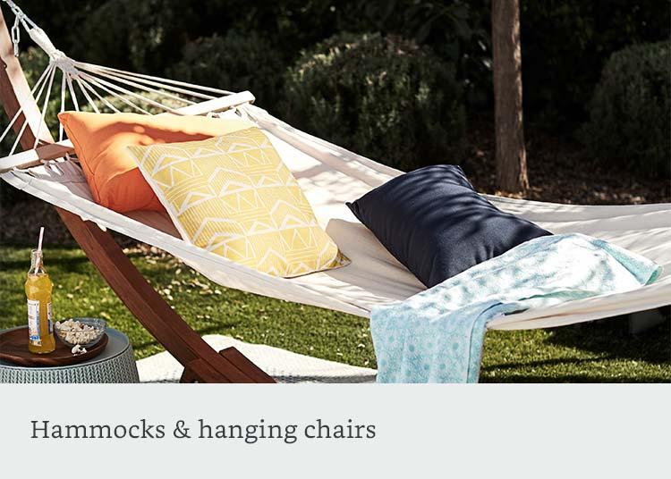 Hammocks & hanging chairs