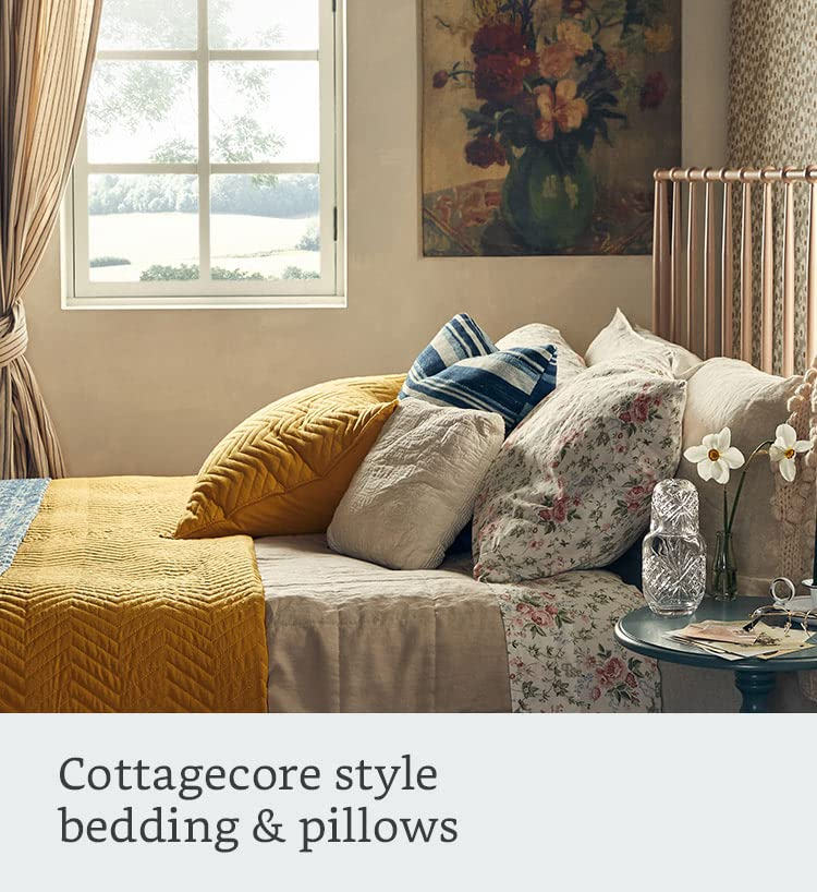 Cottagecore style bedding & pillows