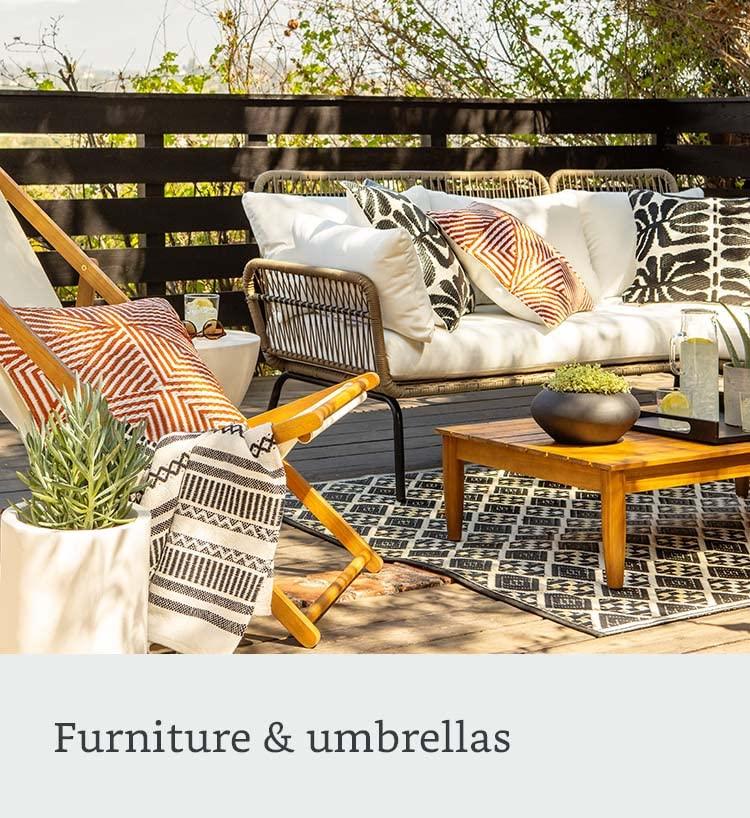 Furniture & umbrellas