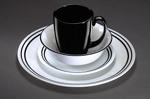 Amazon Com Corelle Livingware Brilliant Black Beads 16