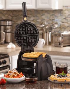 Hamilton Beach Flip Belgian Waffle Maker 26030