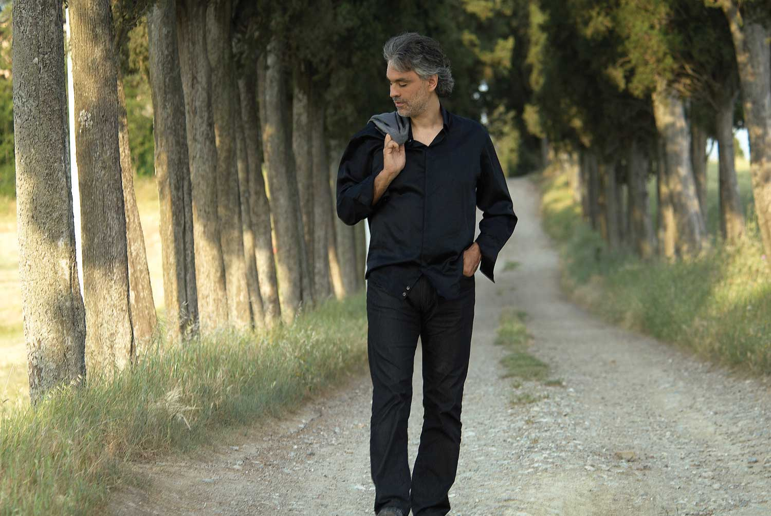 Andrea Bocelli - The Best of Andrea Bocelli: Vivere - Amazon.com Music
