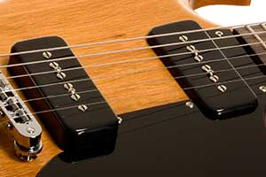 Gibson's P-90 pickups use Alnico V magnets for a rich, warm response with plenty of bite.