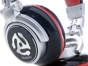 Numark Red Wave Headphones Detail 3