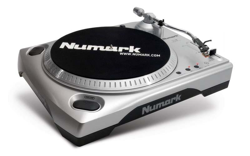 Amazon Com Numark Ttusb 33 1 3 Amp 45 Rpm Turntable With