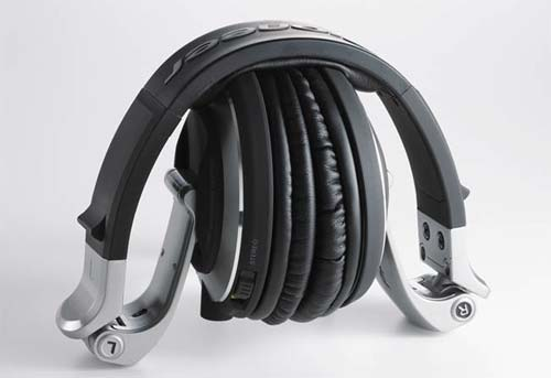 Amazon.com: Pioneer HDJ-2000 Reference Professional Dj Headphones (OLD MODEL): Musical Instruments