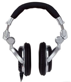 Low Price Pantech Breakout Stereo Over The Ear Headphones Built In Hands Free Microphone Black