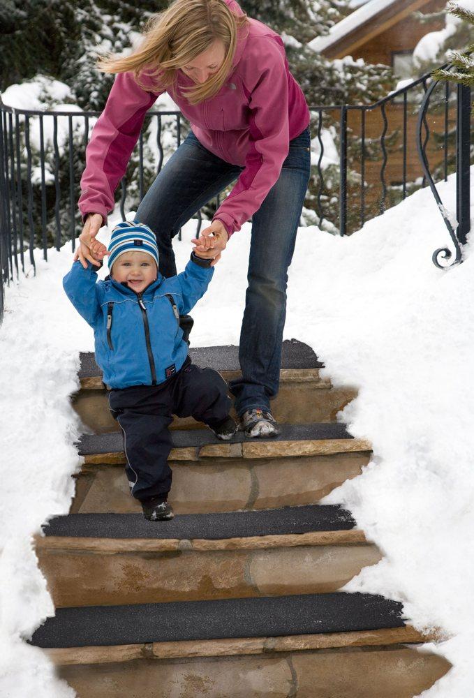 Heattrak hr20 60 residential snow melting walkway mat 20 for Best doormat for snow
