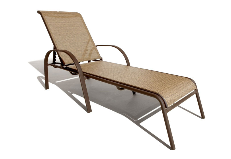 Strathwood rawley textilene chaise lounge for Aluminum outdoor chaise lounge