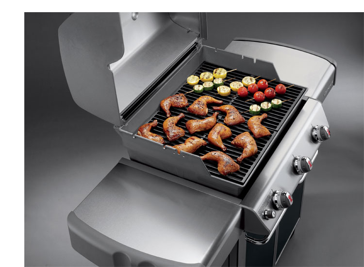 Generous cooking surfaces for cooking all your favorites. (E 310 model