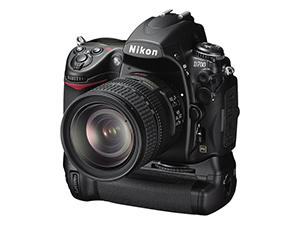 D700 with MB-D10