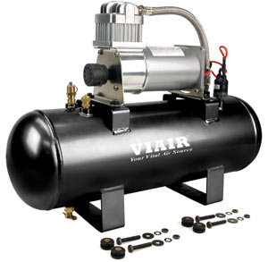 Kit contents for the VIAIR 150 PSI High-Flow Air Source Kit