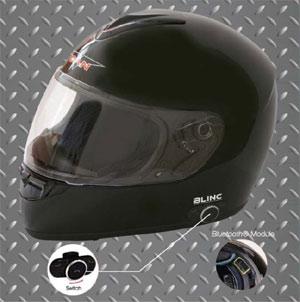VCAN Blinc 136 full-face helmet with Bluetooth module highlighted