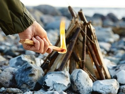 how to create a fire with two sticks