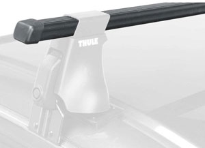 A square Thule LB78 load bar mounted on a Thule foot pack