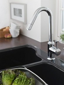 Reclaim your kitchen sink with the American Standard Pekoe pull-down kitchen faucet.