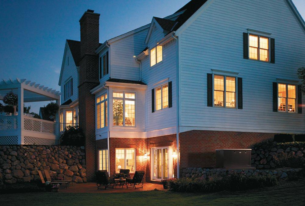 Amazon.com : Briggs & Stratton 40445 8000-watt Home Standby ...