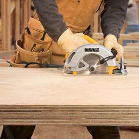 DEWALT DWE575 7-1/4-inch lightweight circular saw
